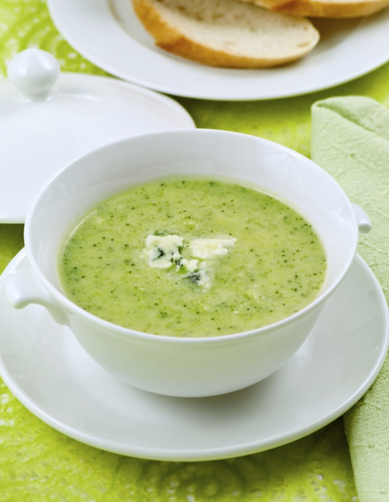 http://www.ilovecooking.ie/wp-content/uploads/2013/12/brocolli-and-stilton-soup.jpg
