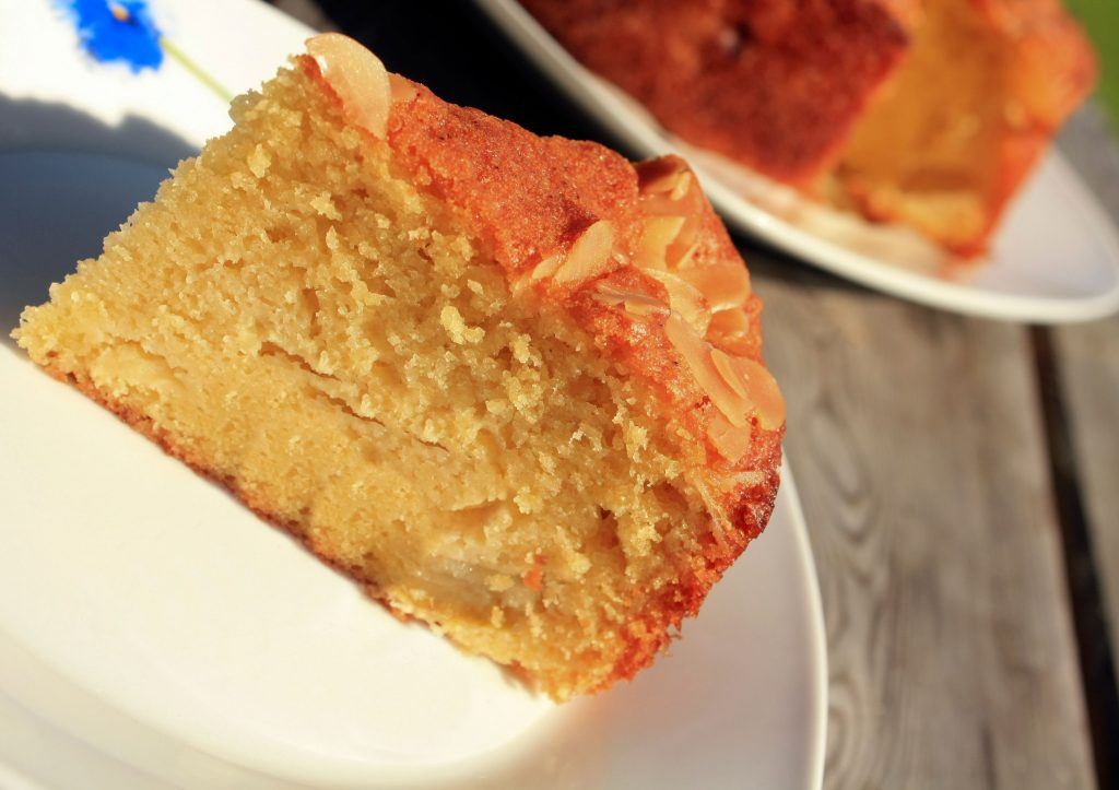 Apple cake recipe; dessert recipe