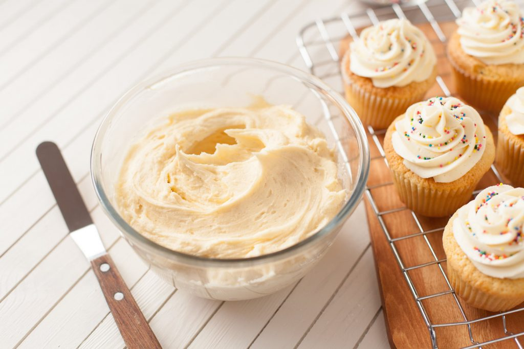 How To Make A Simple Buttercream Ilovecooking