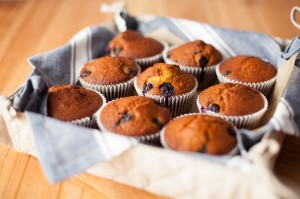 healthy_blueberry_bran_muffins_