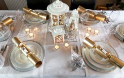 How to dress your table for Christmas