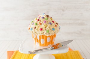 giant_cupcake_cake_recipe_i_love_cooking