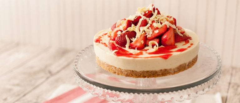 strawberry_white_choc_cheesecake