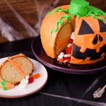 How To Make A Pumpkin Cake