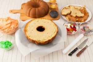 how to make a halloween pumpkin cake