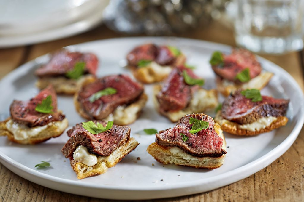 roast beef and yorkshire puddings canapes