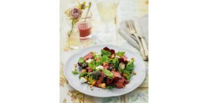 BEEF, BLUEBERRY & FETA SALAD