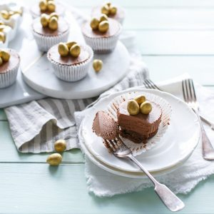 mini_choc_cheesecakes_i_love_cooking_ireland, chocolate recipe, easter recipe, no bake cheesecake, www.ilovecooking.ie