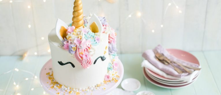 How to make a unicorn cake, i love cooking, i love cooking ireland, unicorn cake recipe video
