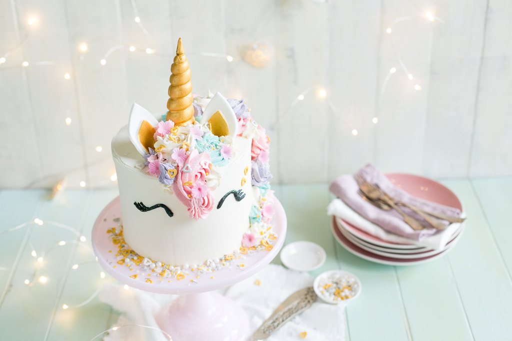 Step By Step Cake Making And Decorating