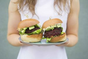 Beetroot, Blackbean & Feta Burgers, vegetarian recipes, veggie burger recipe, I Love cooking recipes, sinead delahunty, delalicious