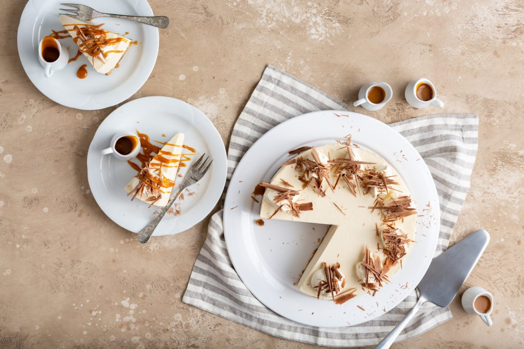Baileys, Chocolate & Caramel Cheesecake, Baileys cheesecake, how to make cheesecake, baileys recipes, dessert recipes, st Patricks day recipe, I love cooking cheesecake recipe
